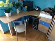 детская мебель , стол письменный в комплекте